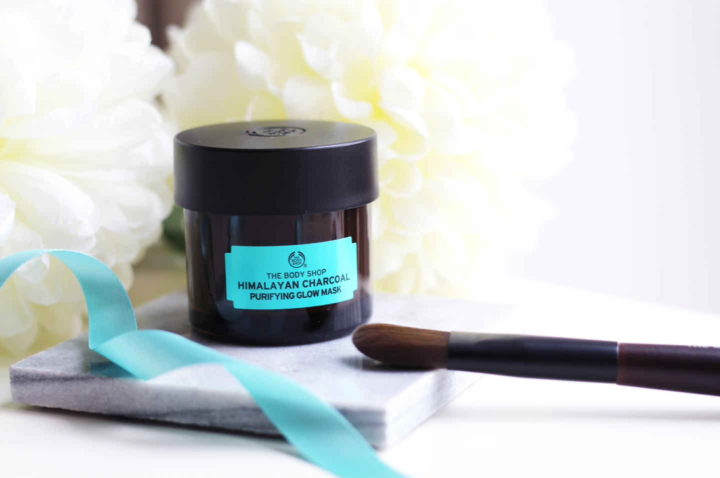 THE GAME-CHANGING CLAY MASK