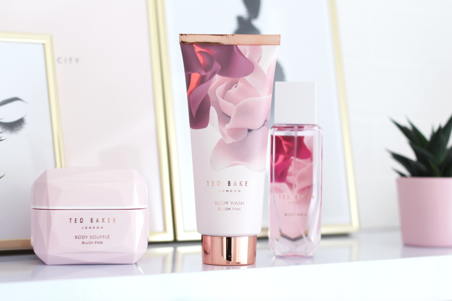 INDULGING IN THE TUB WITH TED BAKER