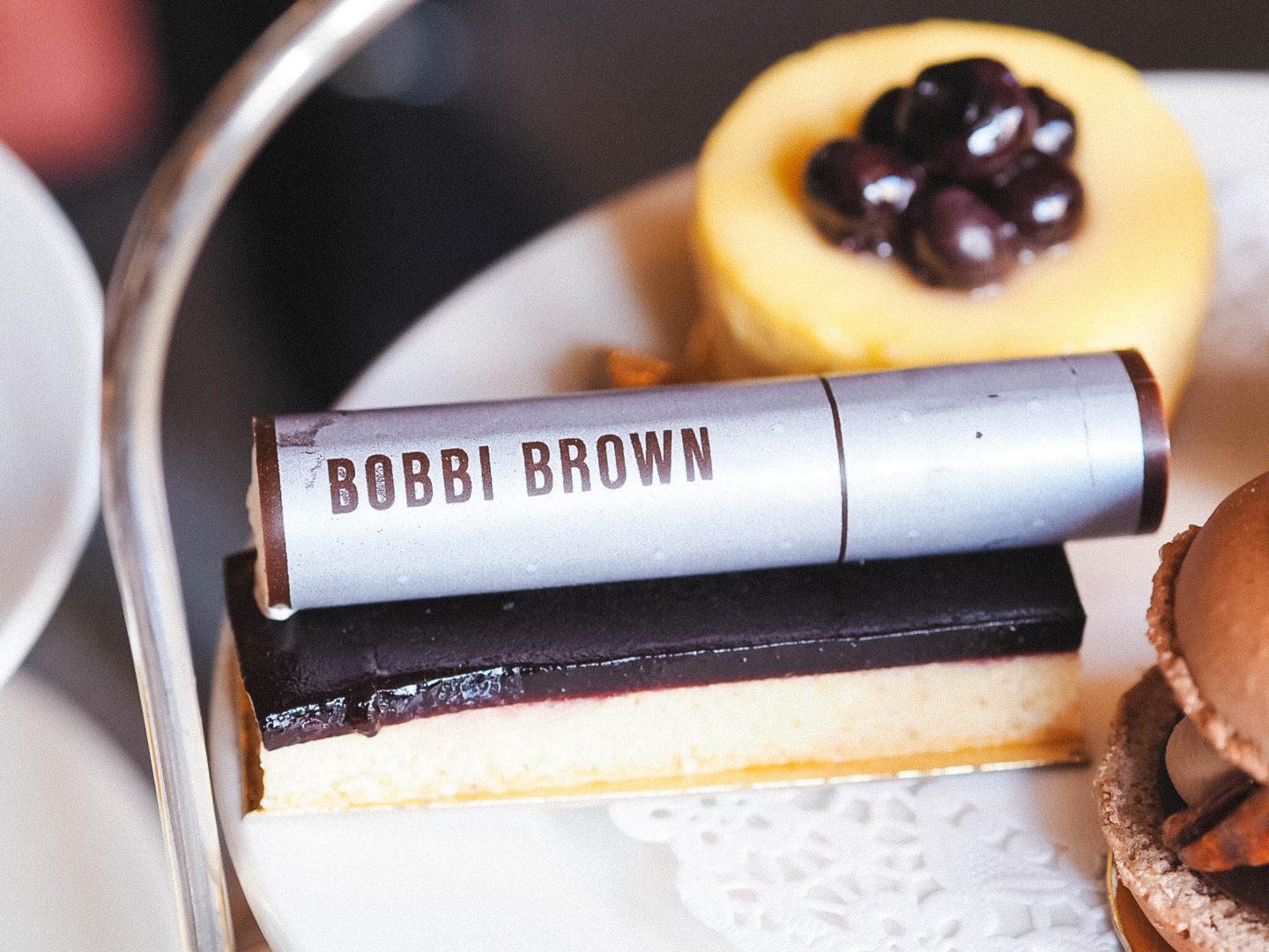 A BOBBI BROWN AFTERNOON TEA