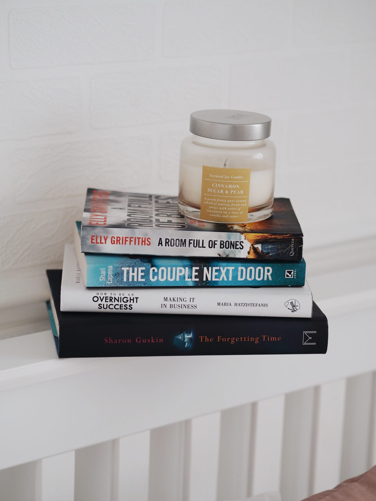 5 AUTUMN READS TO COSY UP TO